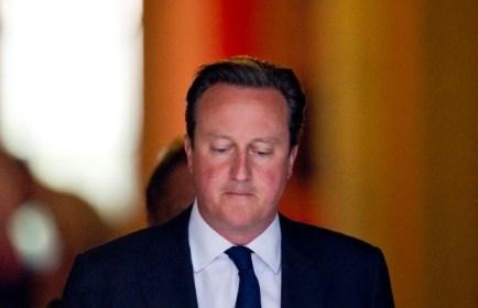 britse-oppositie-fluit-cameron-terug-in-kwestie-syrie-id4829042-620x400