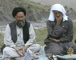 De vroegere leider van al-Qaida, Osama Bin Laden met zijn latere opvolger Aymane al-Zawahiri.