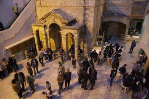 Een Armeense kerk in Lattakia is nu het toevluchtsoord voor Armeniërs uit Kesab. (Foto: Ghassan Najjar)