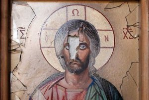 Vernieling door toedoen van terroristen in het klooster van Sint-Takla in Maaloula.